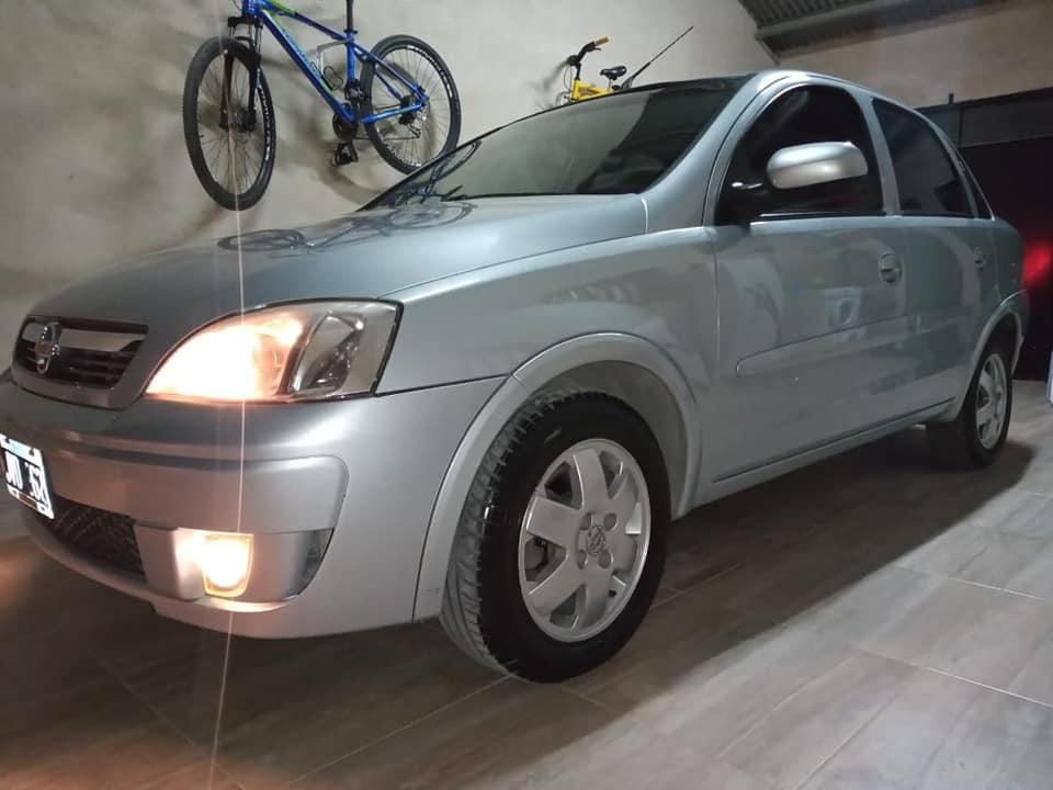 CORSA 2 2011