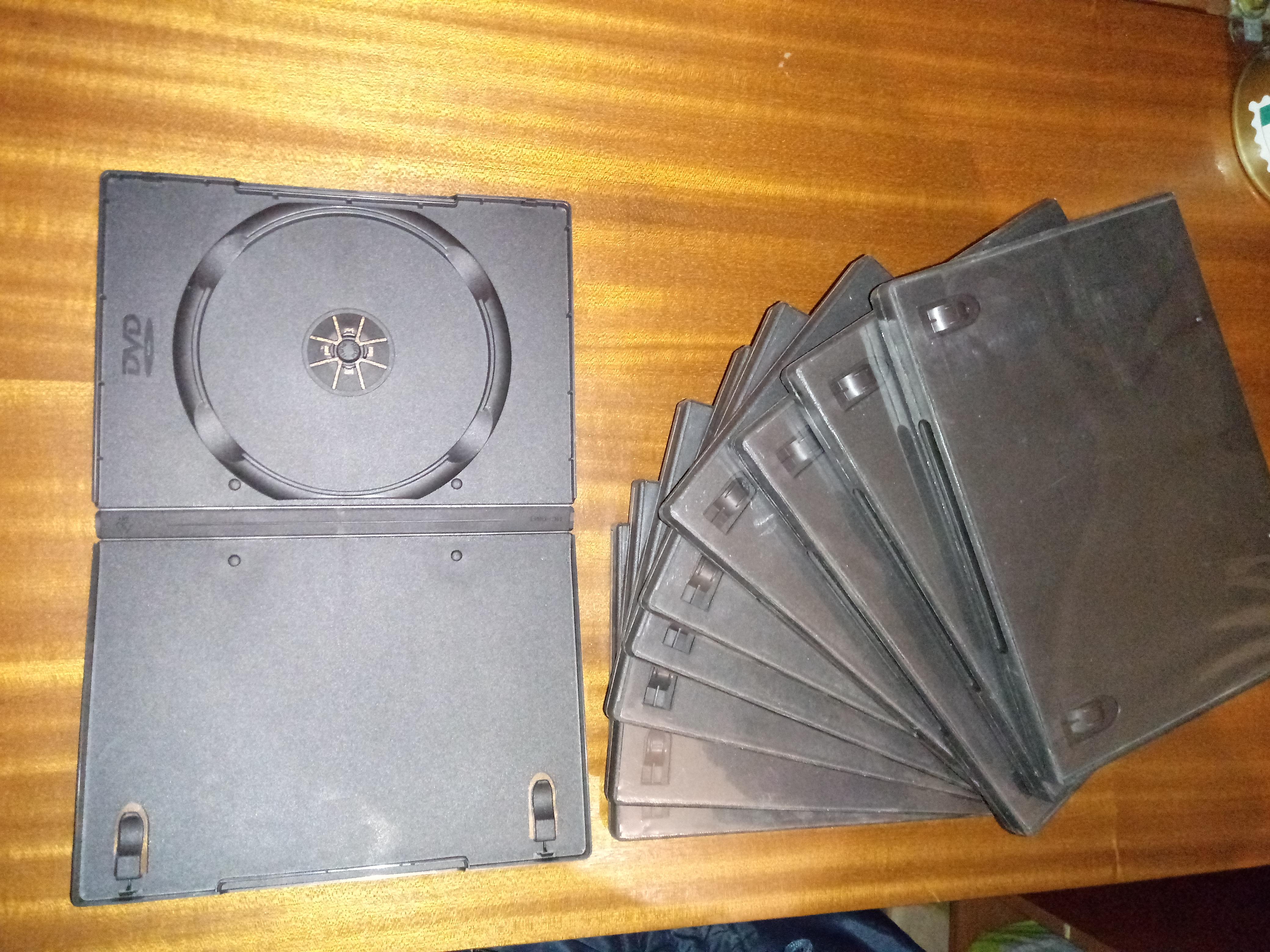 Cajas dvd c/folio 14mm.