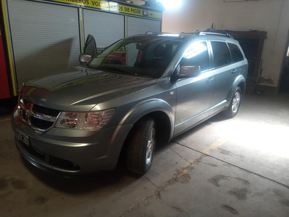 Dodge Journey sxt 2011
