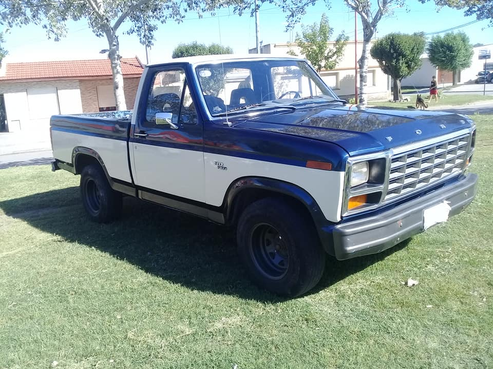 FORD F100 1986
