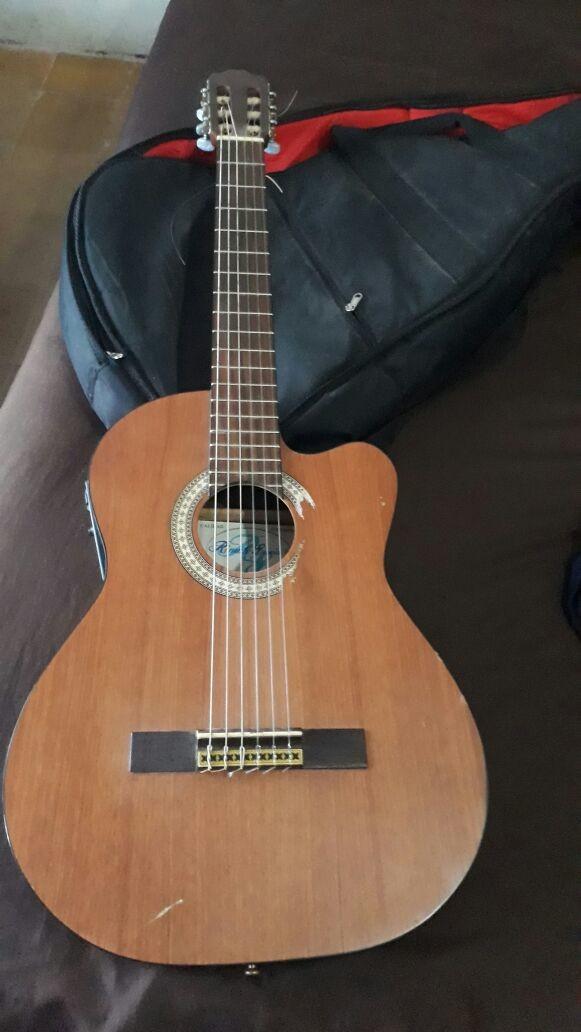 Guitarra acustica burmeister