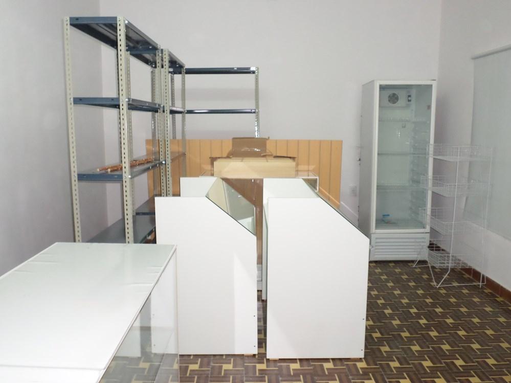 Muebles y equipamiento