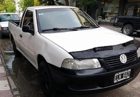 VW SAVEIRO 2004