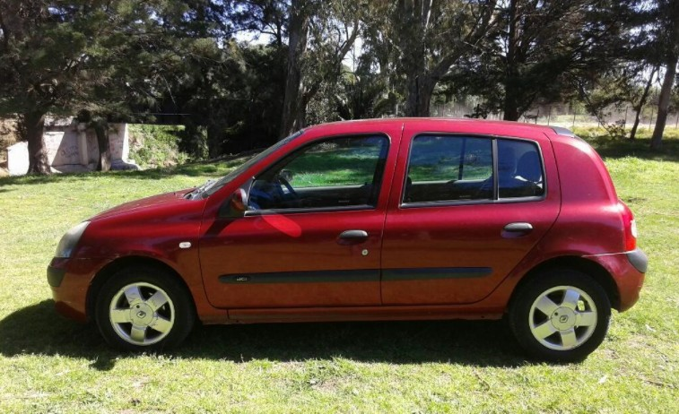 Renault Clio 1.5td (leer)