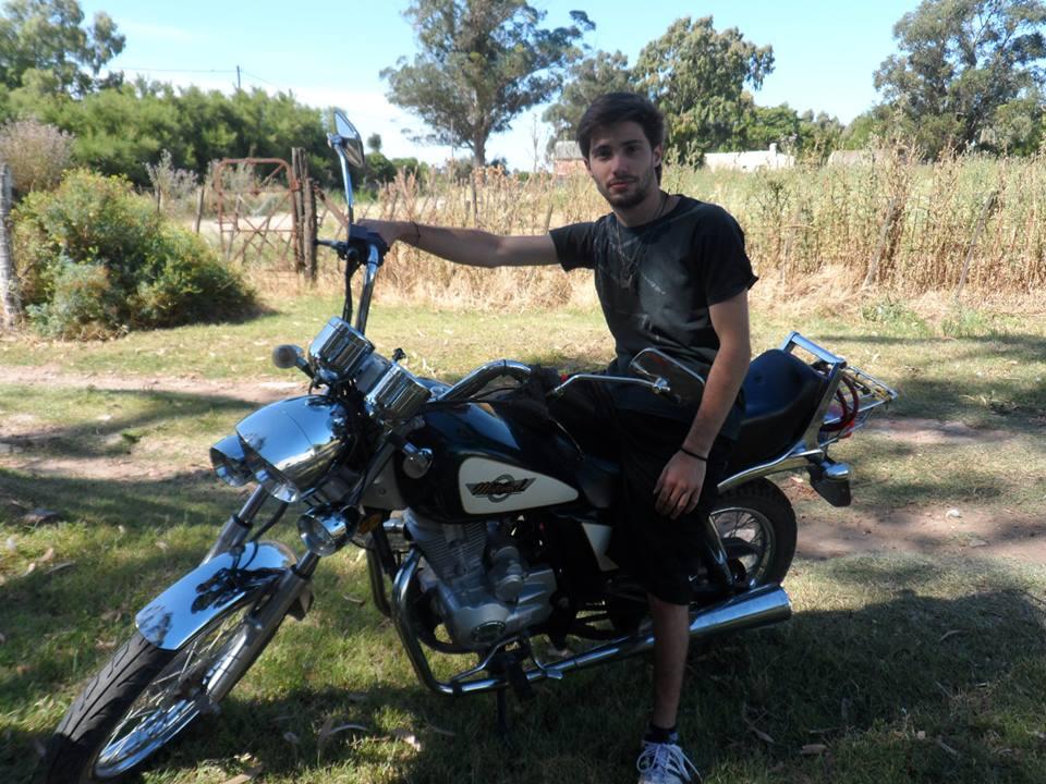 Moto Motomel 150cc chopera