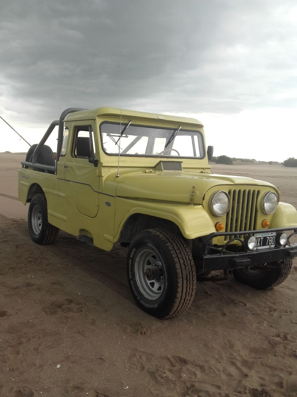 "Jeep Ika 75"""