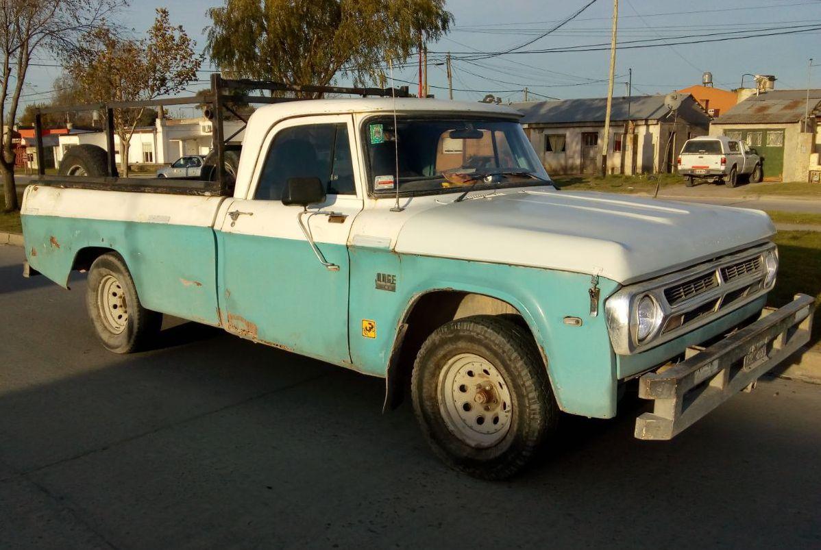 DODGE 200 1971