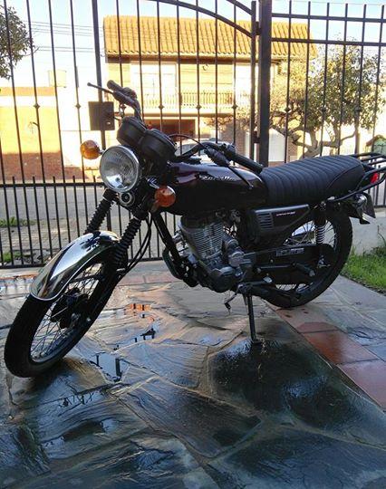 Moto Zanella Sapucai 150