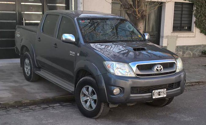 TOYOTA HILUX SRV 4X4 2010
