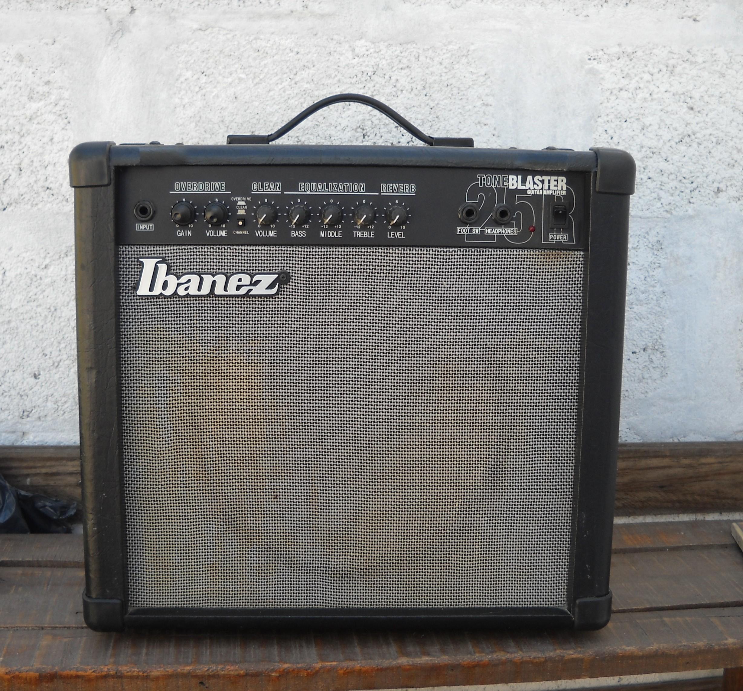 Amplificador IBANEZ 25W