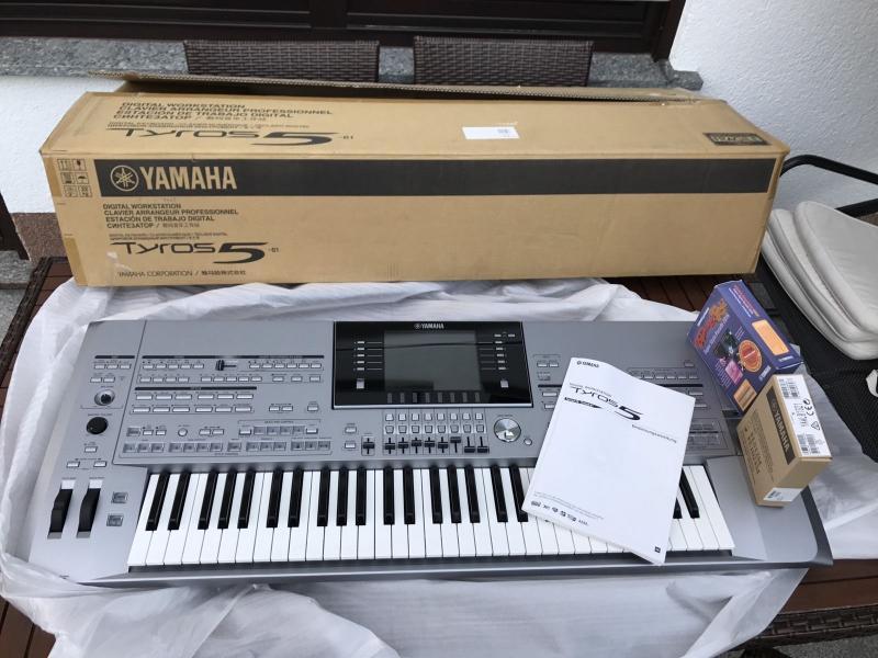 New Yamaha Tyros 5 76-Key