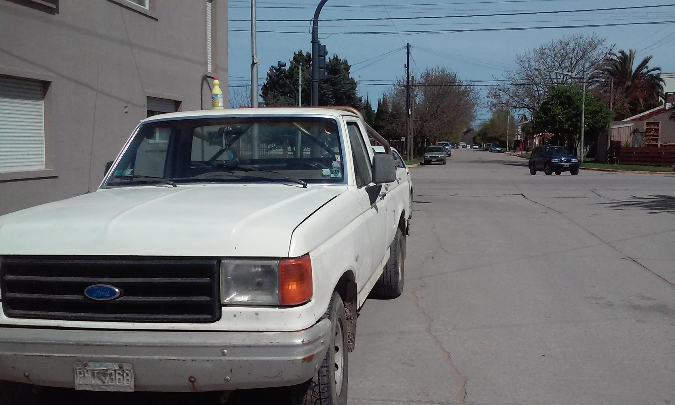 F100 1990