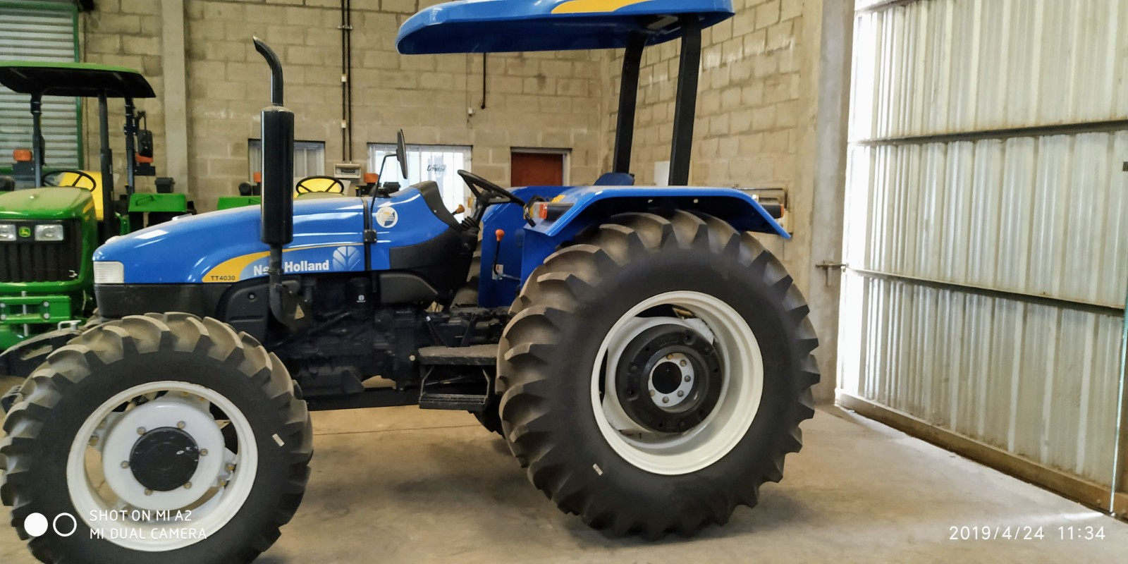 tractor new holland 4030 4x4