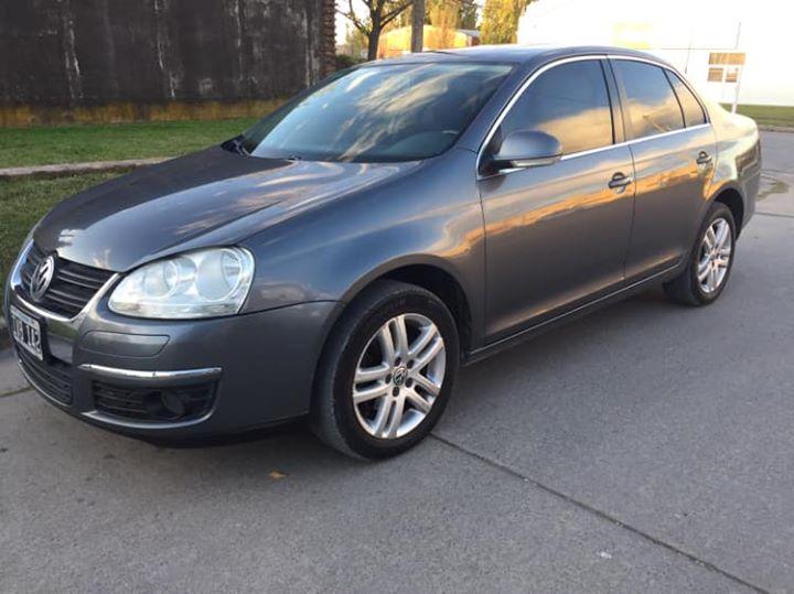 VW VENTO 2010