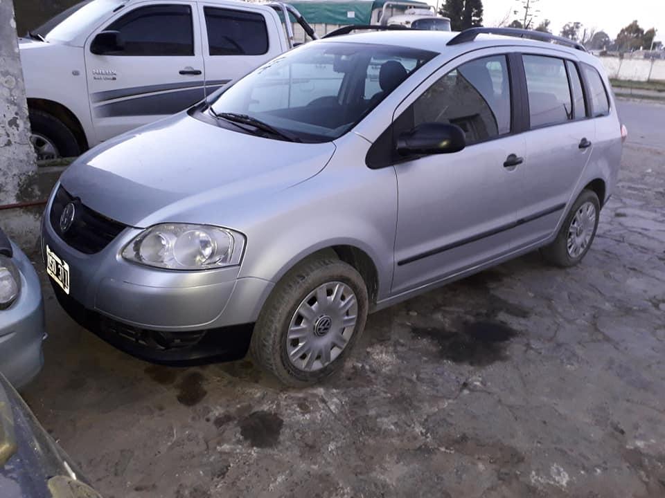 VW Suran 2009
