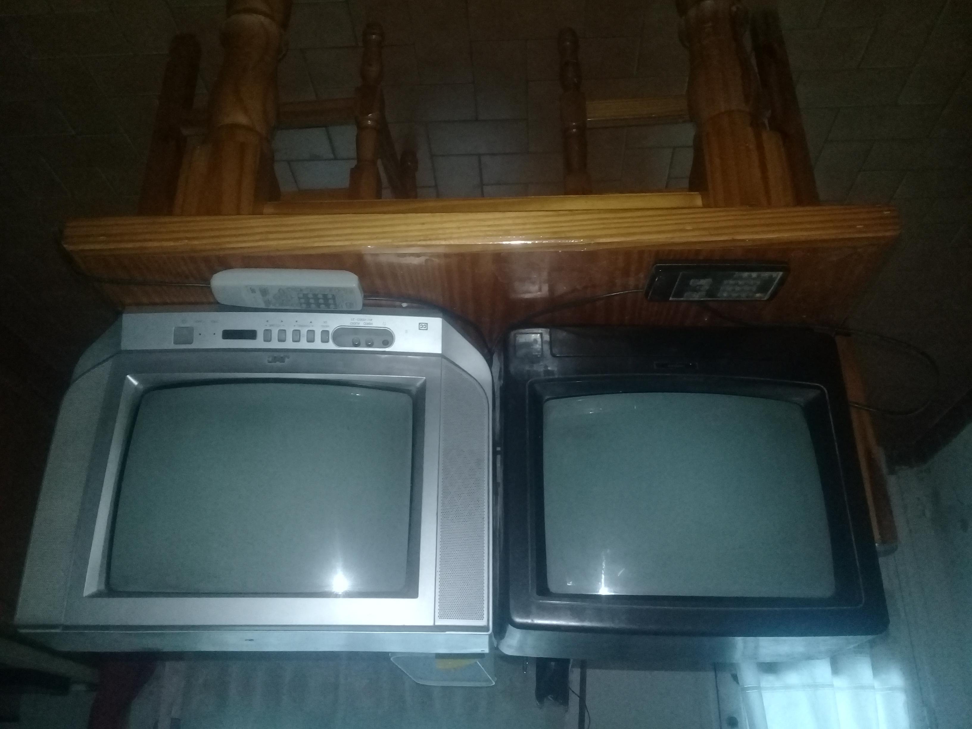 """televisores 14"""""""