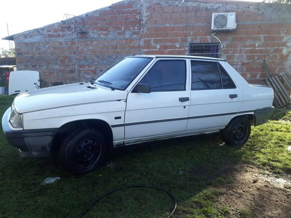 Renault 9 1988