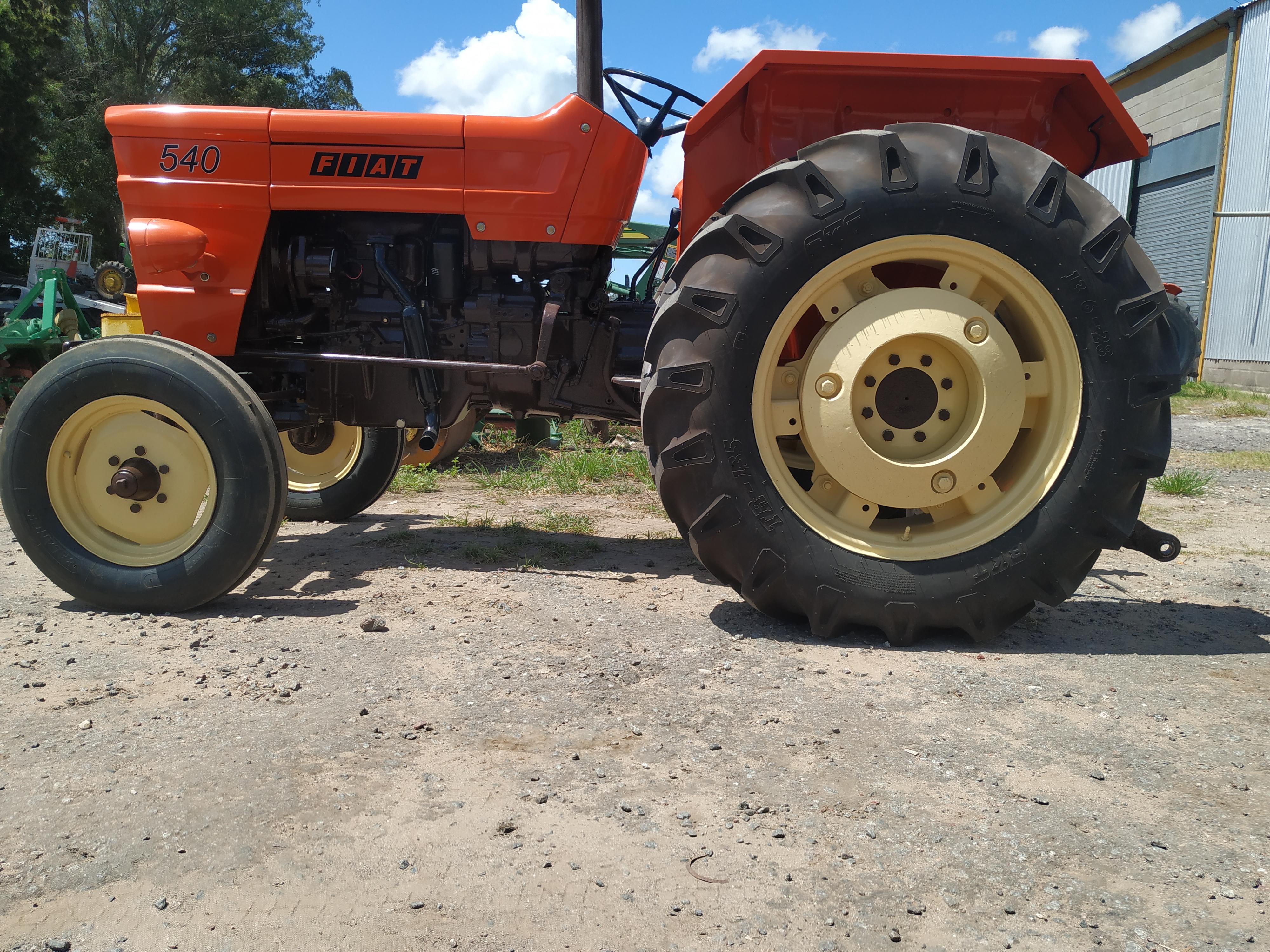 tractor fiat 540 reparado